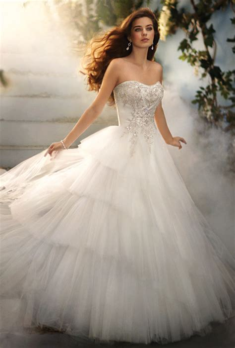 Blog of Wedding and Occasion Wear: 2014 Fairy Tale Wedding Dresses??To Create Princess Look