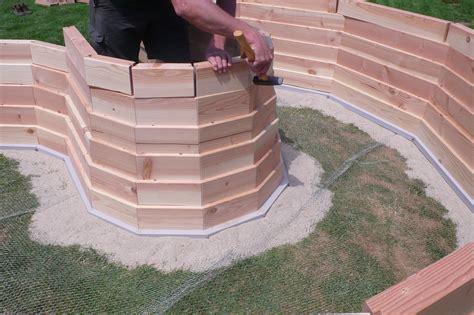 aufbau eines hochbeetes aufbau eines hochbeetes aufbau eines hochbeetes im garten hochbeet selber bauen das anlegen