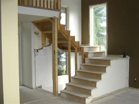 escalier ouvert en u avant l installation du nouvel escalier