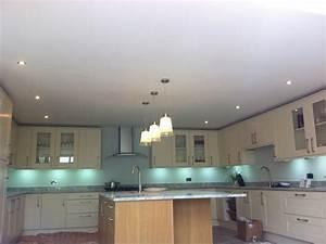 Kitchen spotlight lighting img 0277 dave betts for Kitchen spotlight lighting