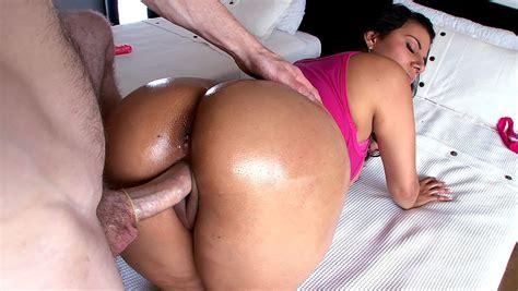 Big Ass Slut Juliana Fucked In Doggie Pornstar Movies
