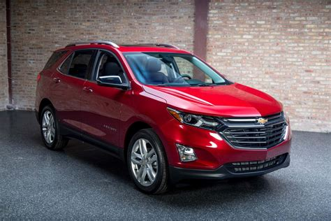 chevy vehicles 2018 2018 chevrolet equinox review specs colors interior