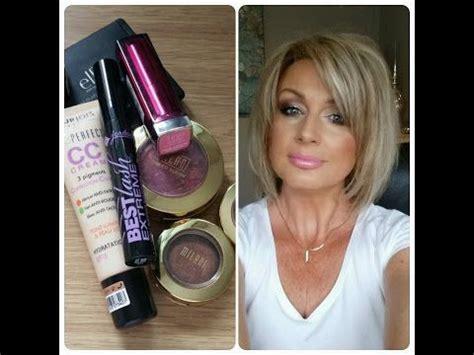 makeup  women   makeup tutorial