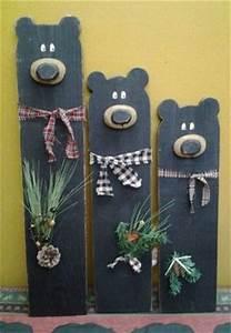25 unique Pallet projects christmas ideas on Pinterest