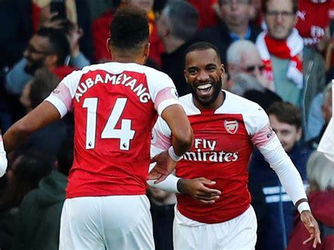 Lacazette, Aubameyang help Arsenal edge past Everton - Reuters