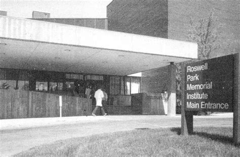 Roswell Park Comprehensive Cancer Center - Wikipedia