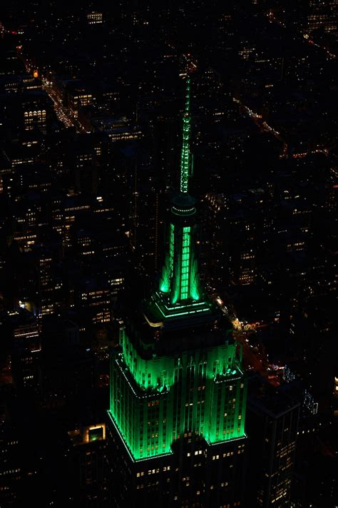 empire state building lights days after tenn jihad attack 4 marines empire