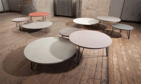 tables basses rondes avec plateau enduit b 233 ton color 233 et