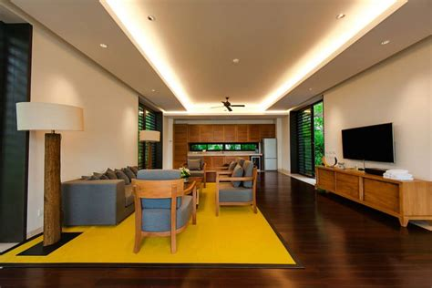 mustard-yellow-area-rug