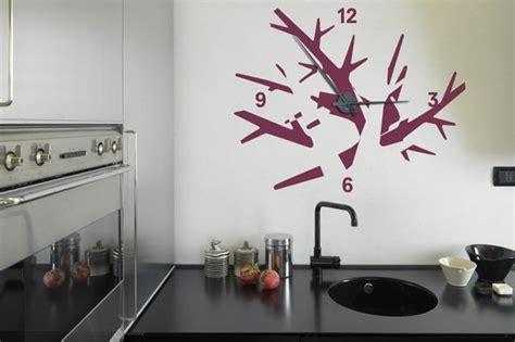 pendule cuisine originale les horloges murales décoratives objets decoration