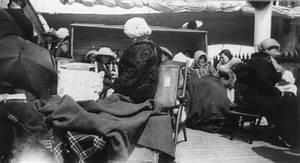 Filetitanic Survivors On The Carpathia 1912 Wikipedia