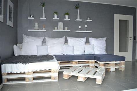 Sofa Aus Paletten Bauen by Ihr Neues Wochenendprojekt Palettensofa Selber Bauen