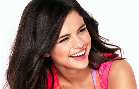 Selena Gomez Actress Hottest Pictures In Hd