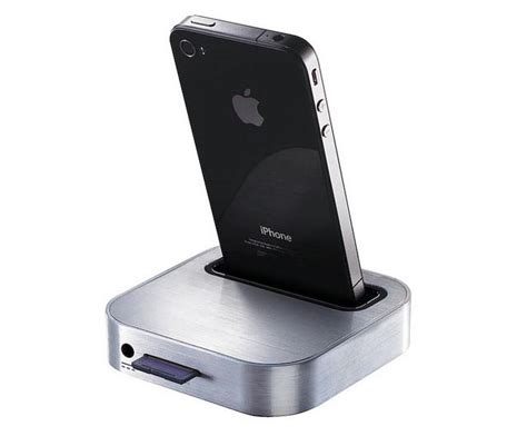 iphone charging station iomega iphone backup and charge station gadgetsin