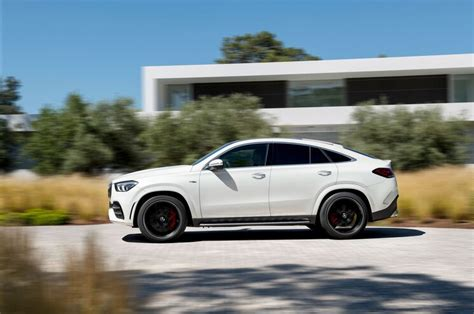 Even more dynamic, performance and passion: First Look - 2021 Mercedes-AMG GLE 53 Coupe