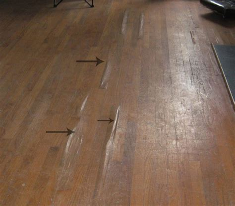 Laminate Flooring Bubbles Due To Water by Termite Damage Signs And Ceiling Foundation