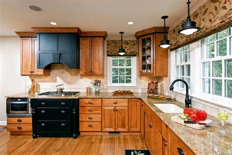 how to update oak kitchen cabinets how to update a kitchen without painting your oak cabinets 8942