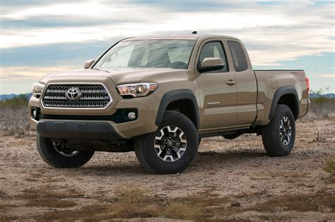 Toyota Tacoma Road by 2016 Toyota Tacoma Adds New V 6 Engine Six Speed