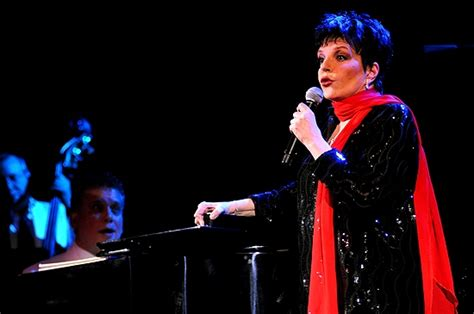 She knew how to knock 'em dead. Photo Coverage: Liza Minnelli Returns to the Concert Stage!