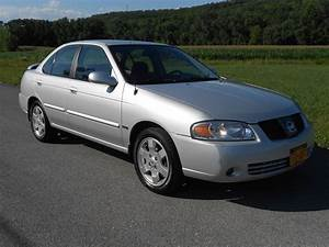 2005 Nissan Sentra - Pictures