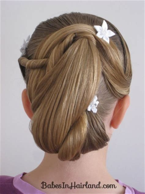 Easter hairstyles wow, easter sunday is this weekend! Easter Updo - Babes In Hairland