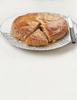 galette des rois hervé cuisine galette des rois pour 6 personnes recettes à table