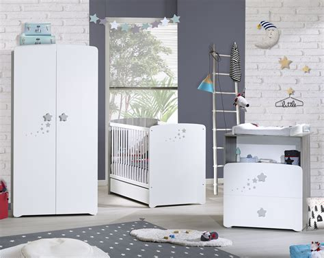 chambre bébé gris et blanc chambre bb gris et blanc decoration chambre bebe gris