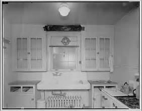 1920s-1930s Kitchen