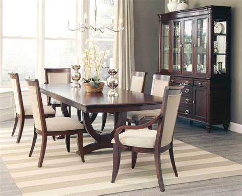 Fabulous Cognac Finish Formal Dining Table & 6 Chairs
