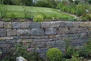 Gartenmauern Aus Naturstein : landschaftsg rtner immergr n steinmauern ~ Sanjose-hotels-ca.com Haus und Dekorationen