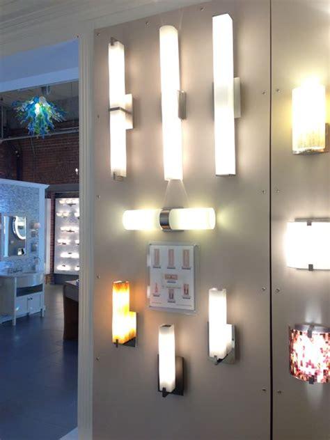 light  contemporary bathroom  wall sconces
