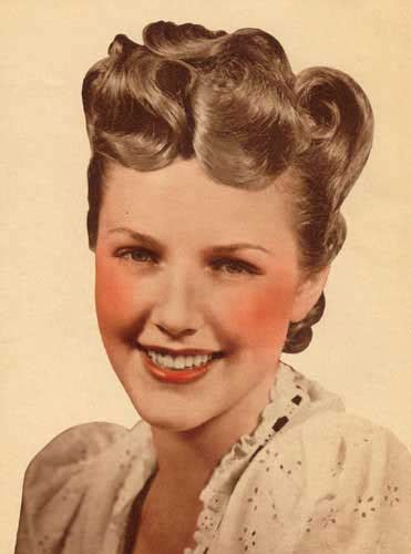 a la mode how to do vintage victory rolls