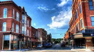 Upper Main Street Historic District  Dubuque  Iowa