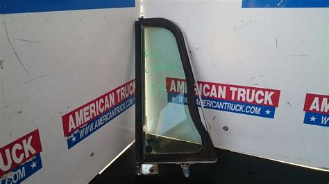 door vent windows    parts american truck chrome