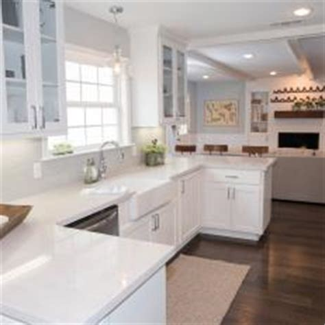 kitchen floor mop photos hgtv s fixer with chip and joanna gaines hgtv 1654