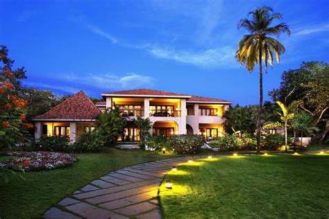 leela goa beach resort cavelossim india bookingcom