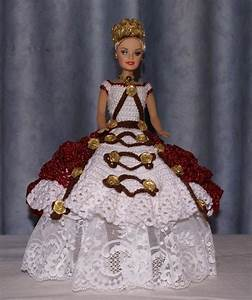 196 best images about crochet dolls 3 on pinterest With robe blanche et rouge