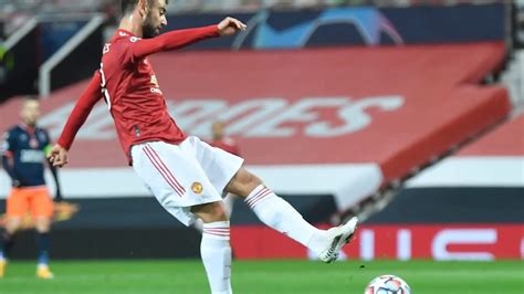 Rio Ferdinand would have screamed at Bruno Fernandes over ...