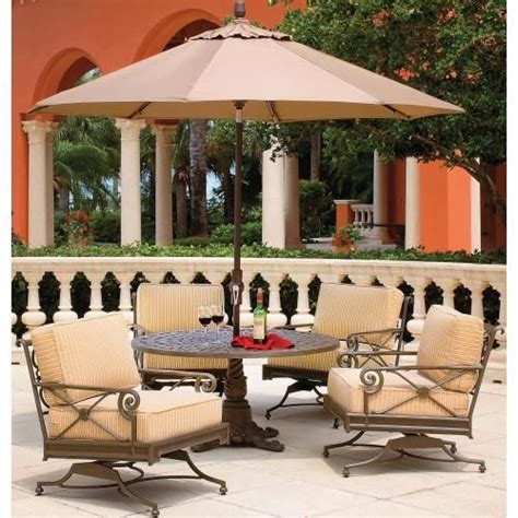 Inexpensive Lawn Furniture by Best 25 Inexpensive Patio Ideas On