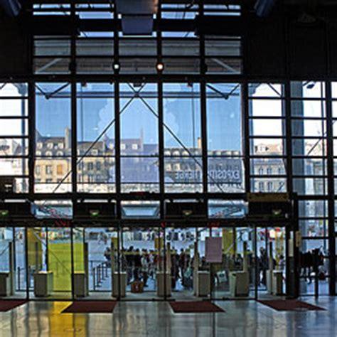 bureau de poste découvrir l 39 architecture du centre pompidou un monument