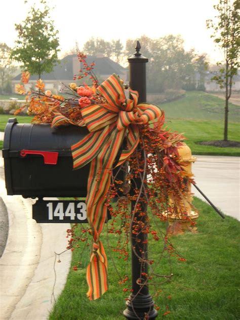 favorite fall mailbox decorating ideas decor  adore