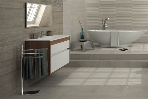 Modernes Bad Fliesen by Designer Tile Concepts