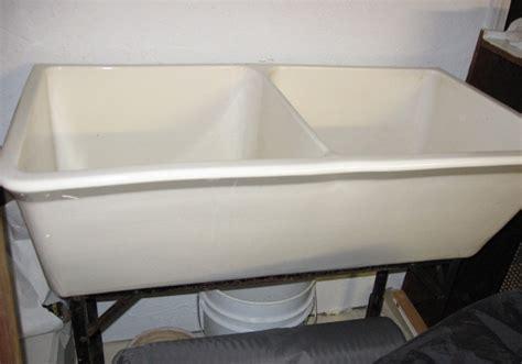 vintage double basin porcelain sink  stand