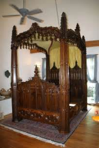 Victorian Gothic Style Canopy Bed