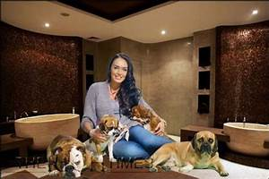 F1 girl tamara ecclestone installs luxury pet spa elite for The dog house pet salon
