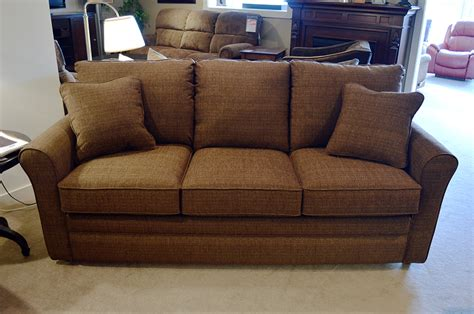 lazy boy convertible sofa lazy boy full sleeper sofa tourdecarroll com