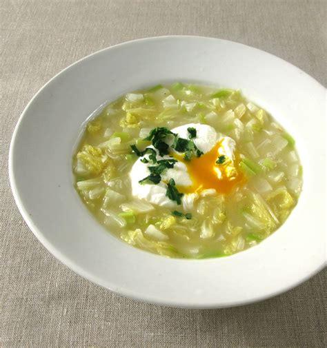 cuisiner pousse de soja soupe au chou à la coréenne veloutée au riz saveur