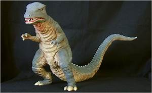X-Plus Gorosaurus from King Kong Escapes | CollectionDX