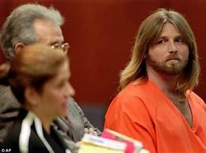 Oj simpson case explosive new documentary claims serial for Oj simpson documentary trial