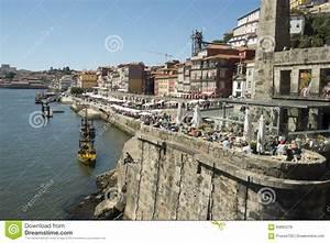 Fluss In Portugal : stadt duero fluss europas portugal porto ribeira alter redaktionelles stockfoto bild 60895278 ~ Frokenaadalensverden.com Haus und Dekorationen
